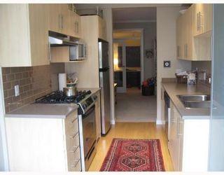 Photo 7: 99 9229 UNIVERSITY Crest in SERENITY: Simon Fraser Univer. Home for sale ()  : MLS®# V701850