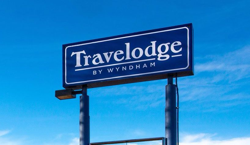 Main Photo: Travelodge Motel with property For Sale in BC: Business with Property for sale