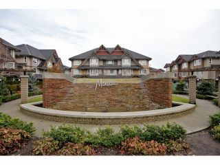 Photo 1: 85 7088 191ST Street in Surrey: Clayton Condo for sale (Cloverdale)  : MLS®# F1302395