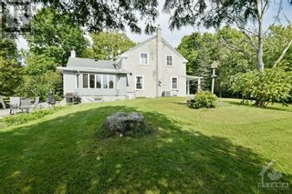 Photo 2: 18526 KIRK STREET in Martintown: House for sale : MLS®# 1264293