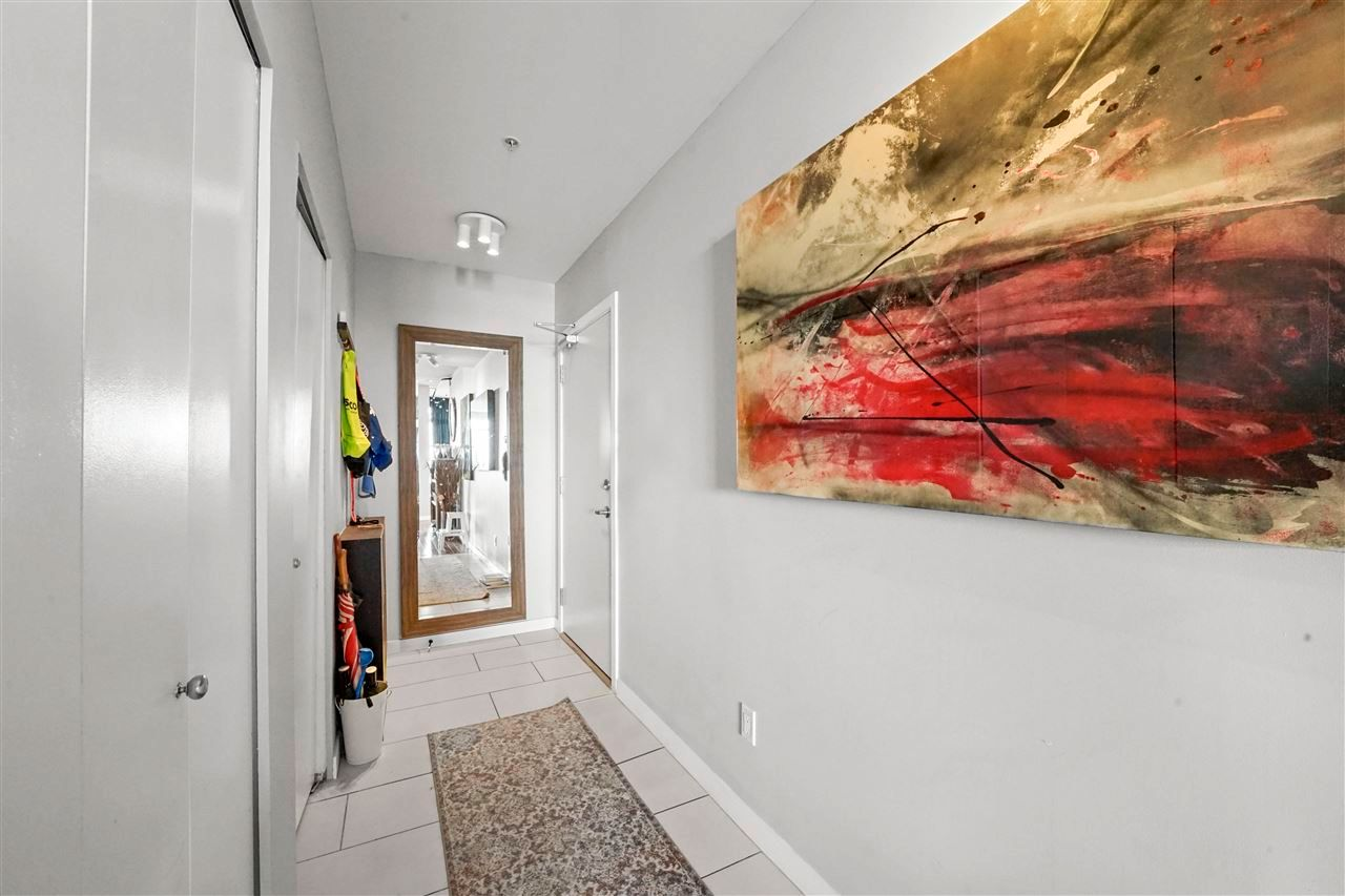 """Photo 19: Photos: PH7 39 SIXTH Street in New Westminster: Downtown NW Condo for sale in """"QUANTUM"""" : MLS®# R2575142"""