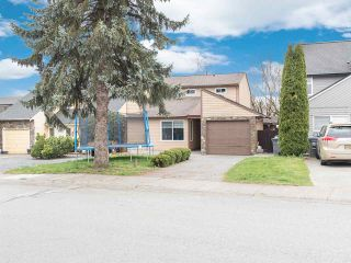 Photo 40: 19418 62 Avenue in Surrey: Cloverdale BC House for sale (Cloverdale)  : MLS®# R2558161