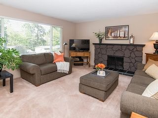 Photo 3: 8270 Sheaves Road in North Delta: Nordel House for sale (N. Delta)  : MLS®# R2062401