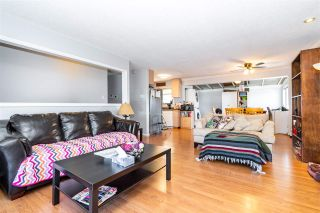 Photo 4: 7510 JAMES Street in Mission: Mission BC House for sale : MLS®# R2560796