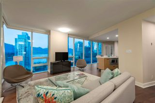 "Photo 7: 1501 1277 MELVILLE Street in Vancouver: Coal Harbour Condo for sale in ""FLATIRON"" (Vancouver West)  : MLS®# R2572328"