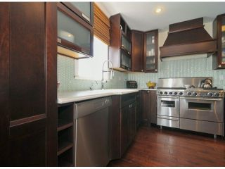 Photo 8: 961 KEIL Street: White Rock House for sale (South Surrey White Rock)  : MLS®# F1407036