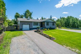 Photo 2: 5298 CAMBRIDGE Road in Prince George: Upper College House for sale (PG City South (Zone 74))  : MLS®# R2469182