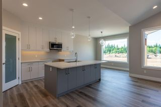 Photo 5: 705 Sitka St in : CR Willow Point House for sale (Campbell River)  : MLS®# 869672