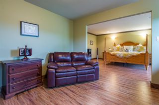Photo 37: 1321 Clear View Pl in : CV Comox (Town of) House for sale (Comox Valley)  : MLS®# 864290