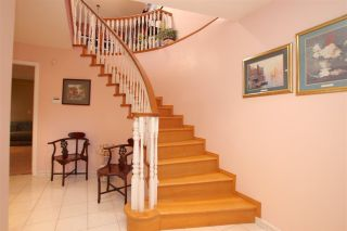 Photo 2: 4967 RUMBLE Street in Burnaby: Metrotown House for sale (Burnaby South)  : MLS®# R2096066