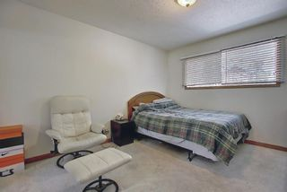 Photo 25: 702/704 53 Avenue SW in Calgary: Windsor Park Duplex for sale : MLS®# A1122930