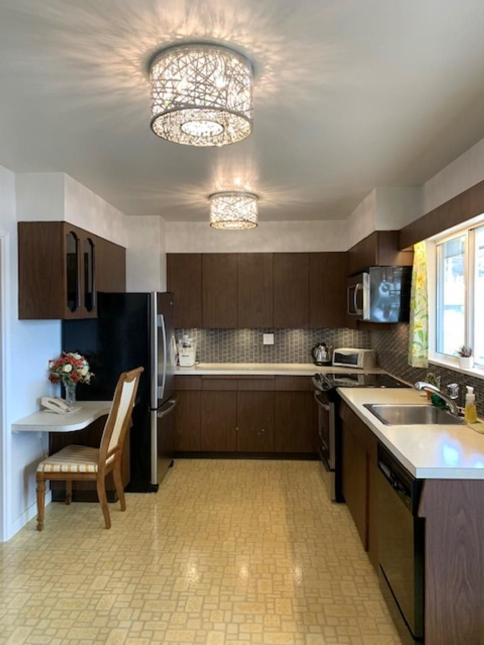 Photo 9: Photos: 7620 BOUNDARY Road in Burnaby: Suncrest House for sale (Burnaby South)  : MLS®# R2611462