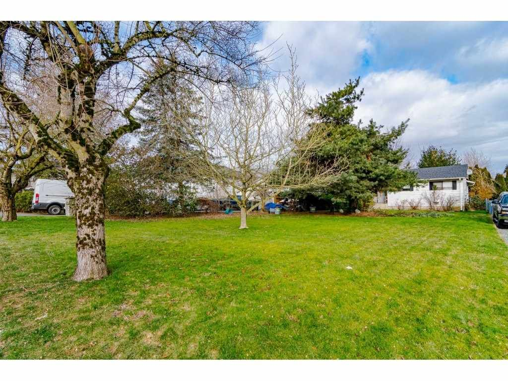Main Photo: 27113 25 Avenue in Langley: Aldergrove Langley House for sale : MLS®# R2538518