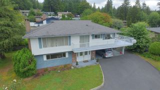 Photo 1: 546 BOURNEMOUTH Crescent in North Vancouver: Windsor Park NV House for sale : MLS®# R2089525