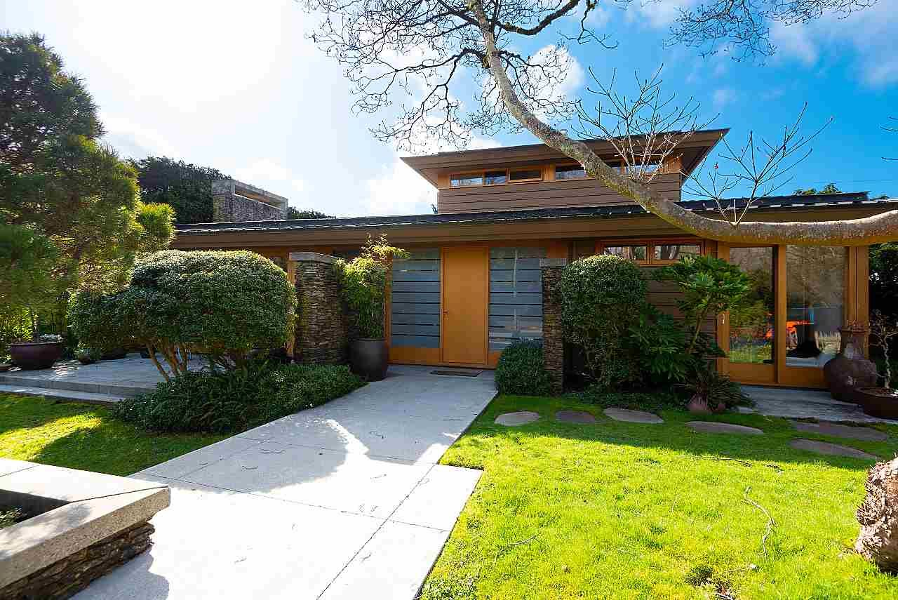 Main Photo: 4832 QUEENSLAND Road in Vancouver: University VW House for sale (Vancouver West)  : MLS®# R2559216