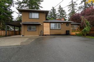 Photo 1: 4821 Cordova Bay Rd in : SE Cordova Bay House for sale (Saanich East)  : MLS®# 858939