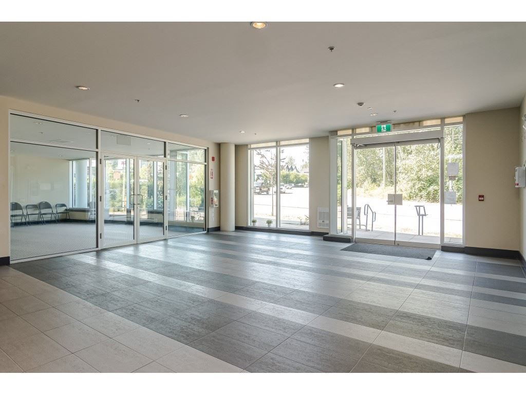 """Photo 29: Photos: 315 19228 64 Avenue in Surrey: Clayton Condo for sale in """"FOCAL POINT"""" (Cloverdale)  : MLS®# R2481765"""