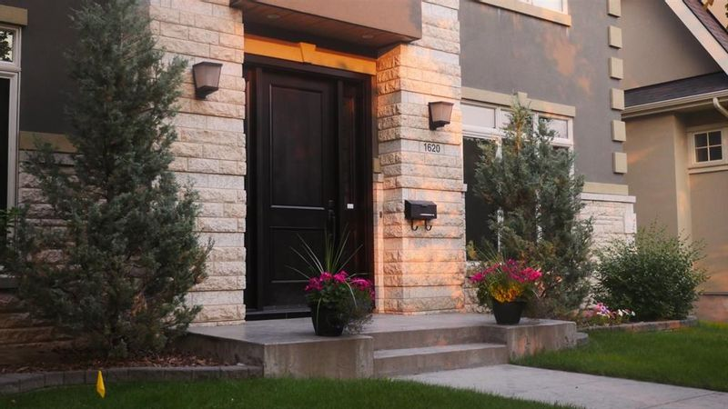 FEATURED LISTING: 1620 7A Street Northwest Calgary