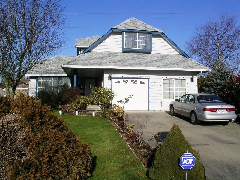 Main Photo: 12311 73A Avenue in Surrey: West Newton House for sale : MLS®# F2800687