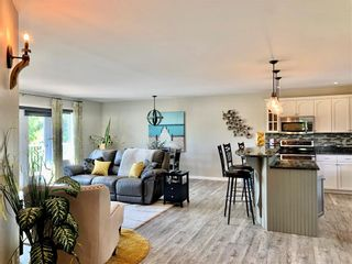 Photo 3: 214 Campbell Avenue West in Dauphin: Dauphin Beach Residential for sale (R30 - Dauphin and Area)  : MLS®# 202115875