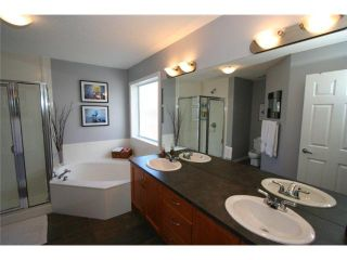 Photo 11: 166 VALLEY STREAM Circle NW in CALGARY: Valley Ridge Residential Detached Single Family for sale (Calgary)  : MLS®# C3559148