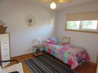 Photo 18: 992 Fleming Avenue in Winnipeg: East Kildonan Residential for sale (3B)  : MLS®# 202019171
