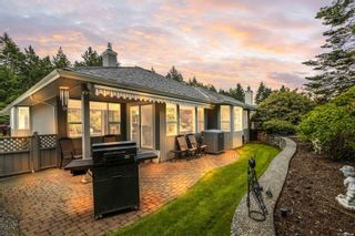 Photo 2: 3534 S Arbutus Dr in Cobble Hill: ML Cobble Hill House for sale (Malahat & Area)  : MLS®# 878605