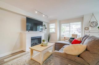 """Photo 2: 8 6568 193B Street in Surrey: Clayton Townhouse for sale in """"Belmont at Southlands"""" (Cloverdale)  : MLS®# R2573529"""