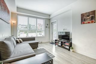 """Photo 6: 205 6468 195A Street in Surrey: Clayton Condo for sale in """"Yale Bloc Building 1"""" (Cloverdale)  : MLS®# R2456985"""