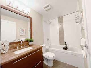 """Photo 18: 1701 6168 WILSON Avenue in Burnaby: Metrotown Condo for sale in """"JEWEL 2"""" (Burnaby South)  : MLS®# R2555926"""