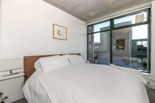 """Photo 12: 803 128 W CORDOVA Street in Vancouver: Downtown VW Condo for sale in """"WOODWARDS W43"""" (Vancouver West)  : MLS®# R2241482"""