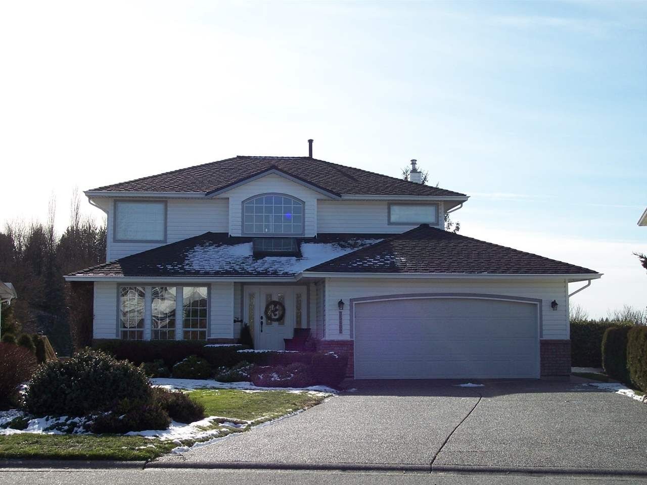 """Main Photo: 35402 LETHBRIDGE Drive in Abbotsford: Abbotsford East House for sale in """"Sandy Hill"""" : MLS®# R2240578"""