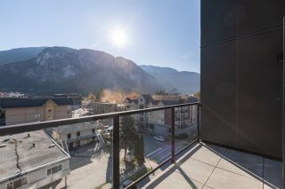 """Photo 23: 610 38013 THIRD Avenue in Squamish: Downtown SQ Condo for sale in """"THE LAUREN"""" : MLS®# R2476208"""