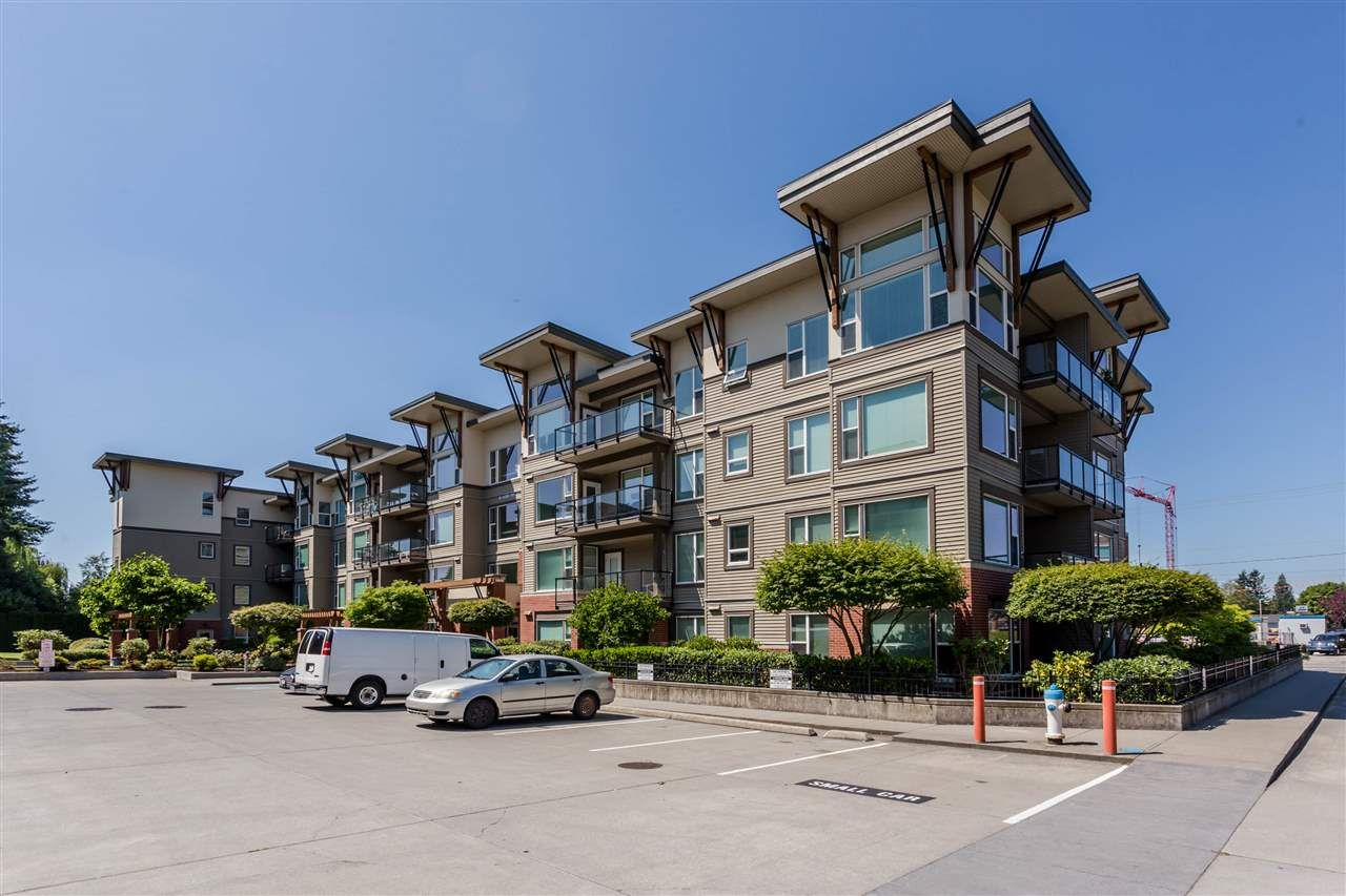 """Photo 3: Photos: 409 33538 MARSHALL Road in Abbotsford: Central Abbotsford Condo for sale in """"THE CROSSING"""" : MLS®# R2326134"""