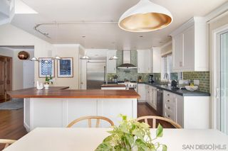 Photo 10: POINT LOMA House for sale : 3 bedrooms : 858 Moana Dr in San Diego