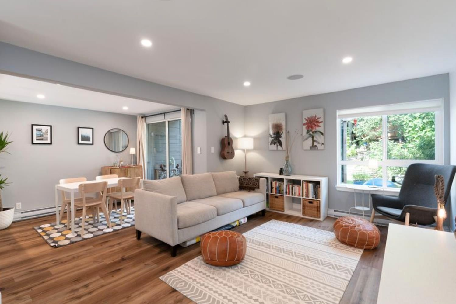 """Main Photo: 3475 WEYMOOR Place in Vancouver: Champlain Heights Townhouse for sale in """"Moorpark"""" (Vancouver East)  : MLS®# R2611792"""