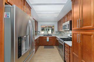 Photo 6: VISTA Condo for sale : 3 bedrooms : 966 Lupine Hills Drive #69