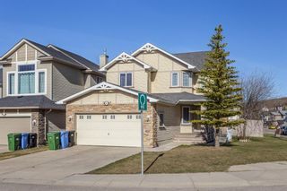 Photo 1: 403 Cresthaven Place SW in Calgary: Crestmont Detached for sale : MLS®# A1101829