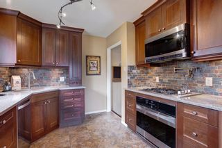 Photo 8: 731 45 Street SW in Calgary: Westgate Detached for sale : MLS®# A1092101