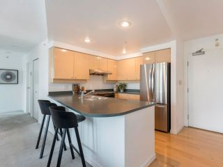 Photo 13: 305 1009 EXPO BOULEVARD in Vancouver: Yaletown Condo for sale (Vancouver West)  : MLS®# R2575432