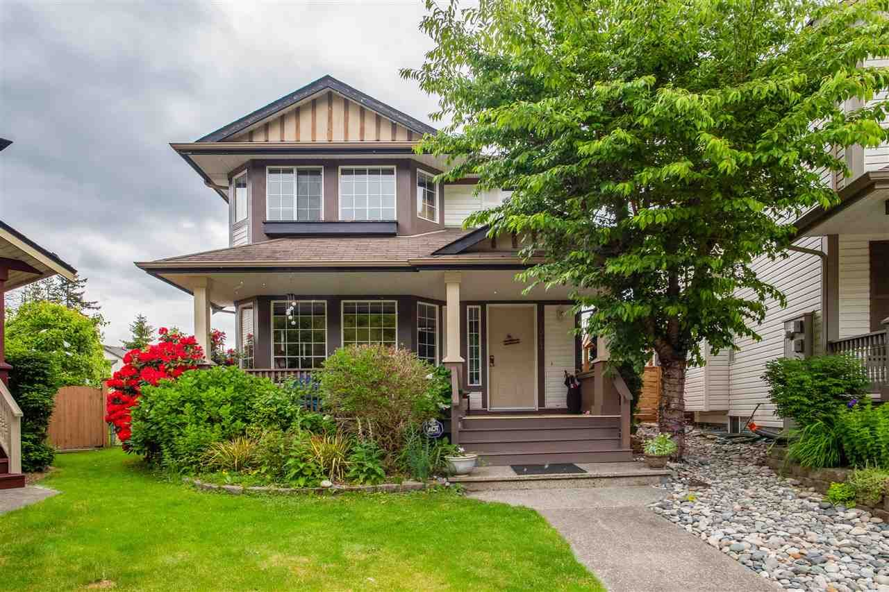 """Main Photo: 20641 86A Avenue in Langley: Walnut Grove House for sale in """"DISCOVERY TOWN"""" : MLS®# R2587400"""