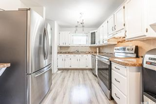 Photo 9: 210 Mowat Crescent in Saskatoon: Pacific Heights Residential for sale : MLS®# SK870029