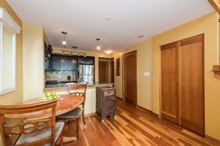 """Photo 5: 509 10 RENAISSANCE Square in New Westminster: Quay Condo for sale in """"MURANO LOFTS"""" : MLS®# R2177517"""