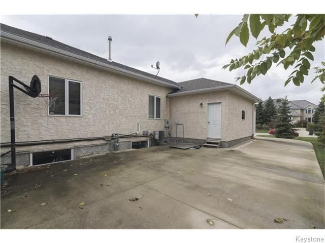 Photo 19: Photos: 227 MARINERS Way in ESTPAUL: Birdshill Area Residential for sale (North East Winnipeg)  : MLS®# 1601136