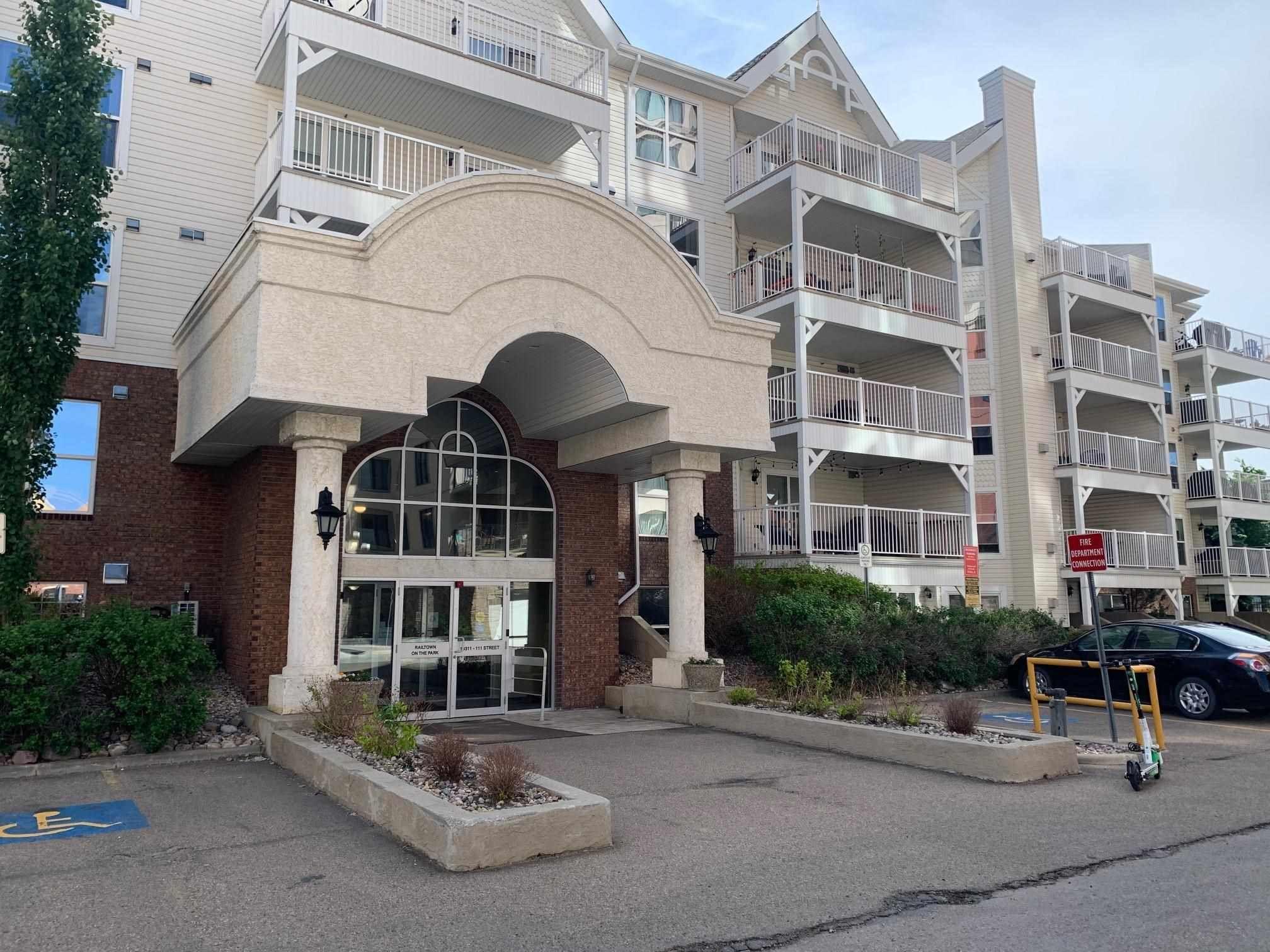 Main Photo: 113 10311 111 Street in Edmonton: Zone 12 Condo for sale : MLS®# E4248182