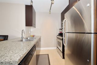 """Photo 5: 707 651 NOOTKA Way in Port Moody: Port Moody Centre Condo for sale in """"SAHALEE"""" : MLS®# R2361626"""