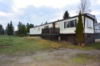 """Photo 16: 21 95 LAIDLAW Road in Smithers: Smithers - Rural Manufactured Home for sale in """"MOUNTAIN VIEW MOBILE HOME PARK"""" (Smithers And Area (Zone 54))  : MLS®# R2256996"""