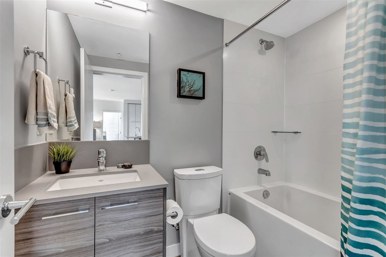 """Photo 15: Photos: 511 10581 140 Street in Surrey: Whalley Condo for sale in """"HQ-THRIVE"""" (North Surrey)  : MLS®# R2550451"""