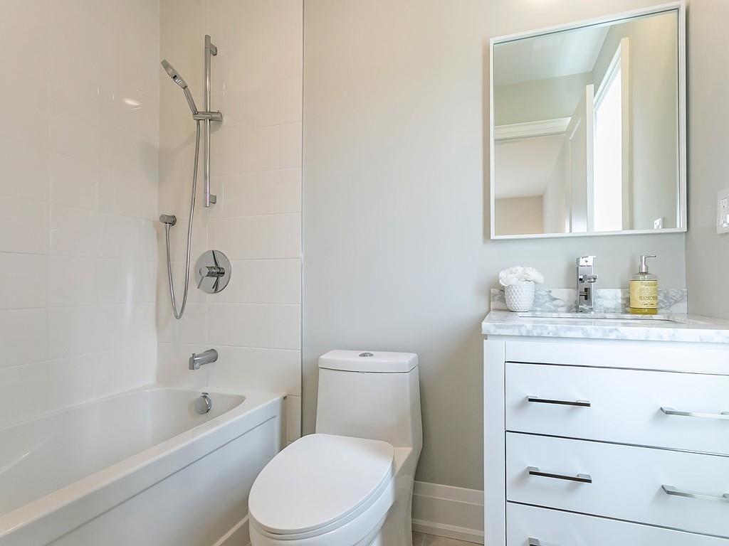 Photo 24: Photos: 2226 COURTLAND Drive in Burlington: Residential for sale : MLS®# H4062761