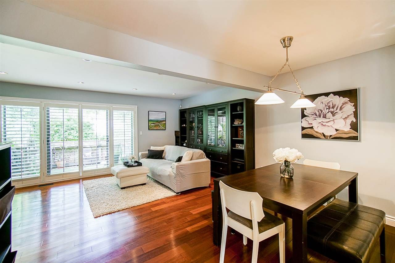 """Photo 4: Photos: 1 1960 RUFUS Drive in North Vancouver: Westlynn Townhouse for sale in """"Mountain Estates"""" : MLS®# R2487288"""